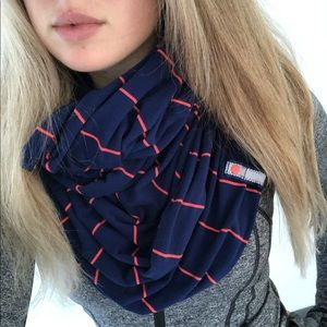 Lululemon Vinyasa Scarf Wrap blue with red stripe